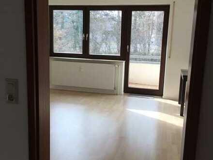 Sonnige 2-Zimmer-Wohnung kliniknah in der Käsenbachstraße