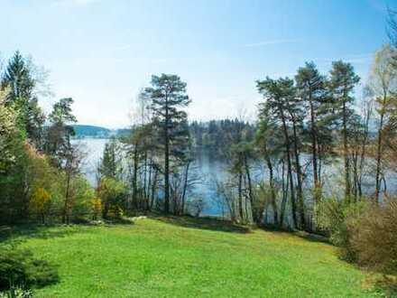 Rupertiwinkel: Einzigartiges Wald- und Seegrundstück mit Wohngebäude direkt am Abtsdorfer See