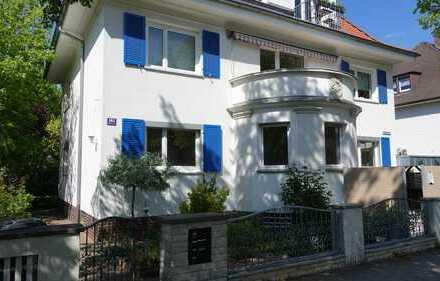 exklusive 4-Zimmer-Terrassenwohnung in Altbau Villa - Erstbezug nach Sanierung