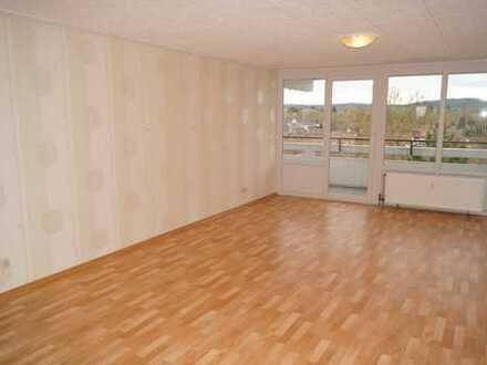 Stilvolle, gut gelegene und sanierte 4-Zimmer-Wohnung mit Balkon und EBK in Heilbronn
