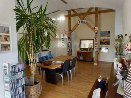 2 ZKB Penthouse Wohnung in Augsburg, Göggingen