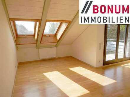 Traumhafte und top gepflegte 4-Zimmer-Dachgeschosswohnung für Zweipersonenhaushalt!
