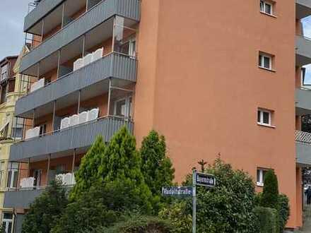 sonniges/Komfortables 1 Zimmer Appartement. mit EBK, Oberste Etage mit Aufzug
