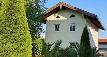 Fridolfing-Pietling, wunderschönes Einfamilienhaus mit Terrasse & Garten in gepflegter Hofanlage