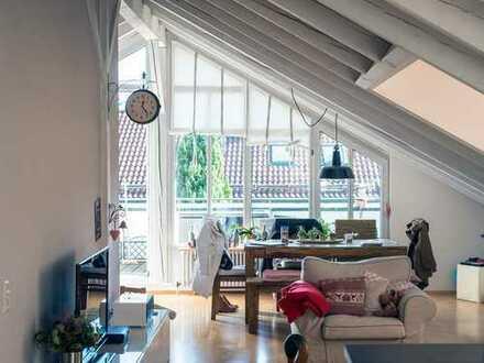 Lichtdurchflutete 3,5-Zimmer DG-Wohnung mit 2 Terrassen