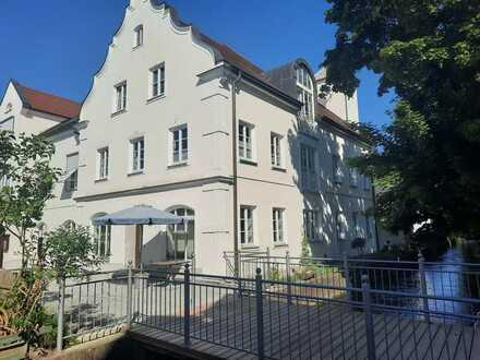 # Extravagante Penthauswohnung über zwei Ebenen mit Ambiente und Charme in Thannhausen #