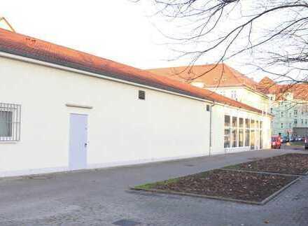 Schulungs-/ Trainings-/ Ausstellungsflächen mit viel Potential am Lutherplatz
