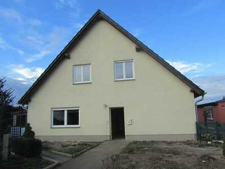 Doppelhaushälfte mit Grundstück zu verkaufen