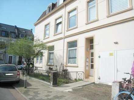 CITYNAH wohnen im Altbremerhaus 3 Zi.Whng. mit kl. Gartenanteil u. Keller