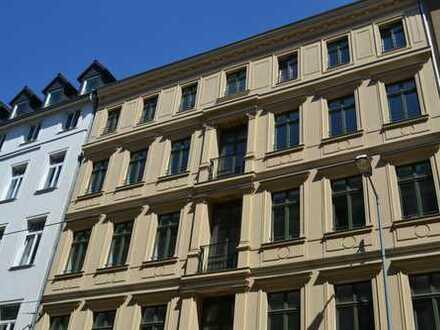 Herrschaftliche 4 Zimmer Wohnung am Zentrum und Nähe Rosental