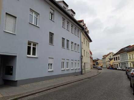 Neubauwohnung mit Fußbodenheizung in zentraler Lage