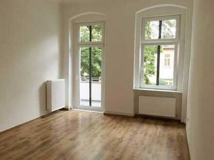 BARFUSSSTR. 9 + nah Schillerpark + sonniges, freundl. 1 Zi + Balkon + separate gr. Küche + Duschbad