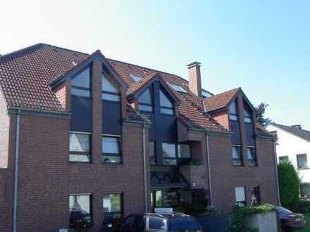Citynahe 4-Zimmer-Maisonette-Wohnung mit Balkon in ruhiger, grüner Lage