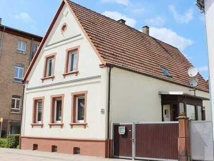 Kandel: EFH mit Dachterrasse und Innenhof