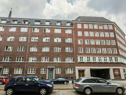 2,5-Zimmer-Wohnung im Kontorhausviertel, umfassend modernisiert, Einbauküche