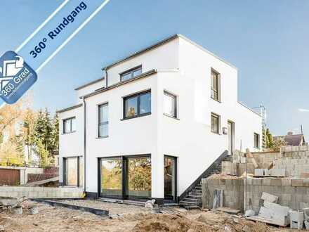 Rundum Wasserblick! Exklusive Doppelhaushälfte mit 5 Zimmern in Woltersdorf bei Berlin