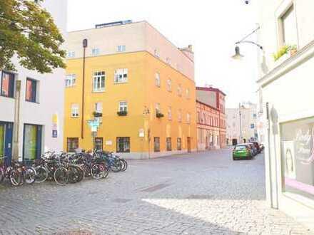 - 140 Jahre alt- kernsaniert - mitten in der Stadt! -