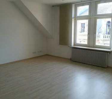 Lichtdurchflutete Büro-/Praxis-Räume im Zentrum Coburgs