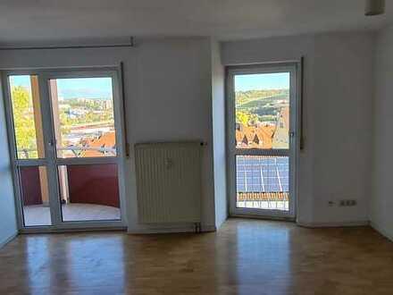 2-ZW mit Balkon und Einbauküche im Frauenland/Mönchberg!