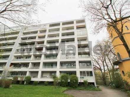 Zentral in Augsburg: Sanierte 2-Zi.-ETW mit Balkon