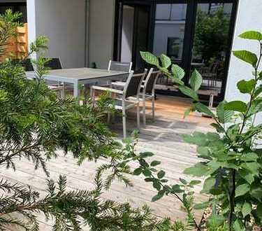 Wohnbau Angermair, traumhafte 2 Zimmerwohnung mit Küche und großer Terrasse. Nähe Marinaforum!