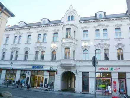 PROVISIONSFREI - Repräsentative Gewerbeeinheit im Zentrum der Altstadt, Anlieferung über den Hof