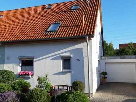 Sehr schöne moderne Doppelhaushälfte mit neuer EBK in Otterbach