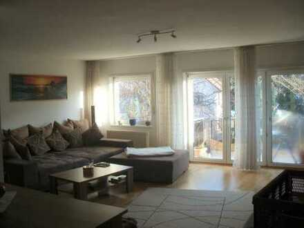 sehr schöne, absolut ruhige, zentral gelegene 3 ZKB-Wohnung, Südbalkon, I. OG, mitten in Walldorf