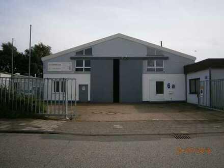 Lagerhalle mit Büro, 700 m²