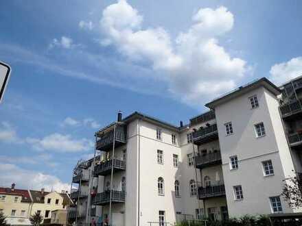 DAS GLÜCK hat ein ZUHAUSE-großzügige- barrierefr. DG ETW-überd. WEST-Balkon, behindger. Vollbad, HWR