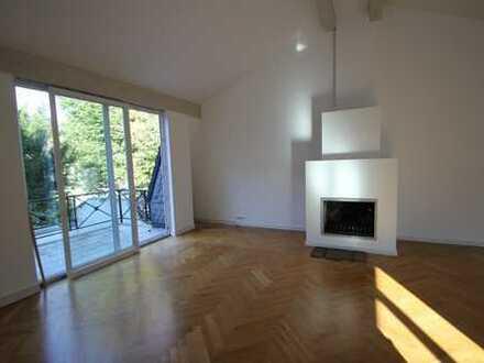 Schöne 3,5 Zimmer Wohnung in Rodenkirchen mit Kamin und alleiniger Hofnutzung