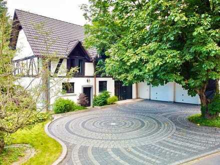 Liebevoll ausgebaute Scheune mit Traumgarten