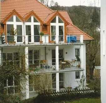 Lichtdurchflutete moderne 3-Zimmer Wohnung am Taunussüdhang in bevorzugter Wohnlage