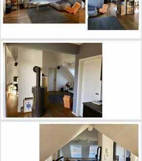 Neuwertige 3-Zimmer-Dachgeschosswohnung mit Balkon und Einbauküche in Hannover-Linden Nord
