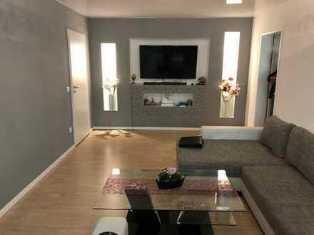 Schöne Familienfreundliche 4,5 Zimmer Wohnung in Lechhausen