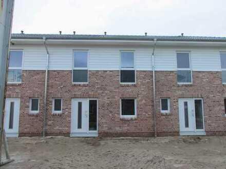 Reihenmittelhaus-Neubau inkl. Carport/Abstellraum zur Miete
