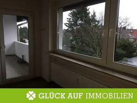 -2 Monate Mietfrei- geräumige Wohnung in gepflegtem Haus mit Garage und Balkon
