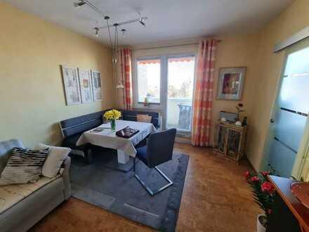 Wundervolle 2 Raum Wohnung  Living Fritz Siemon