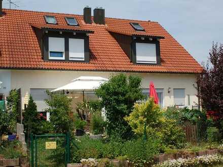 Schönes, helles, geräumiges Haus mit 5 Zimmern in Großlellenfeld