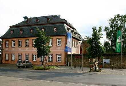 Historisches Gebäude mit Gastronomie- und Wohneinheiten in Erbpacht