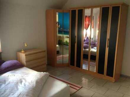 2 Zimmer mit separater Küche und Gartenmitbenutzung
