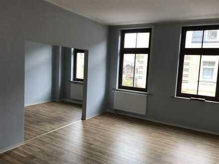 Moderne 3 Raum-Maisonette-Wohnung in Altchrieschwitz!
