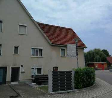 Doppelhaushälfte (renovierungsbedürftig) in Oberböbingen