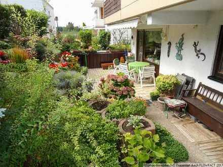 Großzügige Eigentumswohnung mit eigenem Garten!!