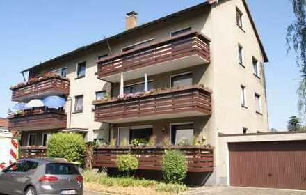 Frisch renovierte 2,5 Zi. Dachgeschosswohnung in Do- Hörde