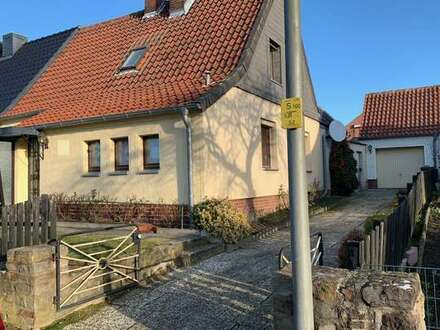 Die Doppelhaushälfte mit Anbau und großem Potential in beliebter Wohngegend von Helmstedt