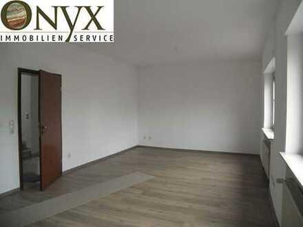 Mehrgenerationenhaus - für max. 5 Personen - 2 Küchen möglich, Garage und Freisitz (kein Garten)