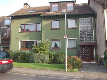 Gepflegte 3,5-Zimmer DG-Wohnung mit Balkon in Bochum-Oberdahlhausen