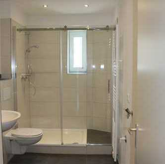 Top modernisierte 2 Zimmerwohnung mit Wohnküche