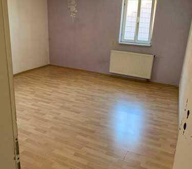 4,5 Zimmer Wohnung zu vermieten -provisionfei- ab sofort